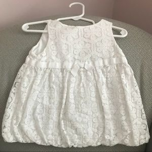 Lilly Pulitzer white lace baby girl dress 12-18m